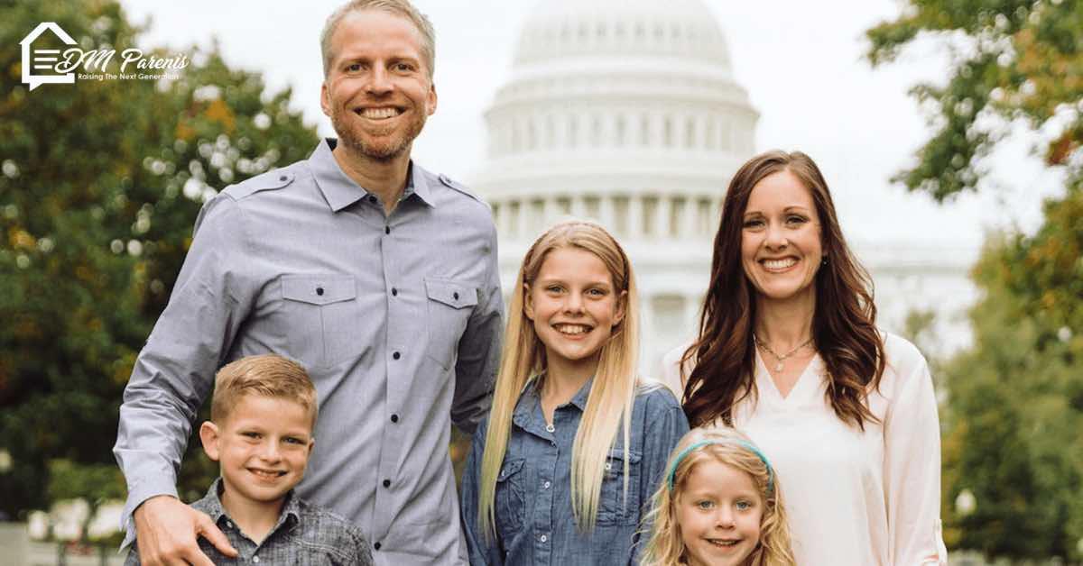 Joel dan Nina Schmidgall Menyelamatkan Pernikahan Dengan Membuat Lingkaran Doa